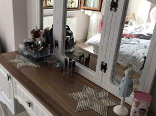 yatak odası baza başlık komidinler sifon aynalık