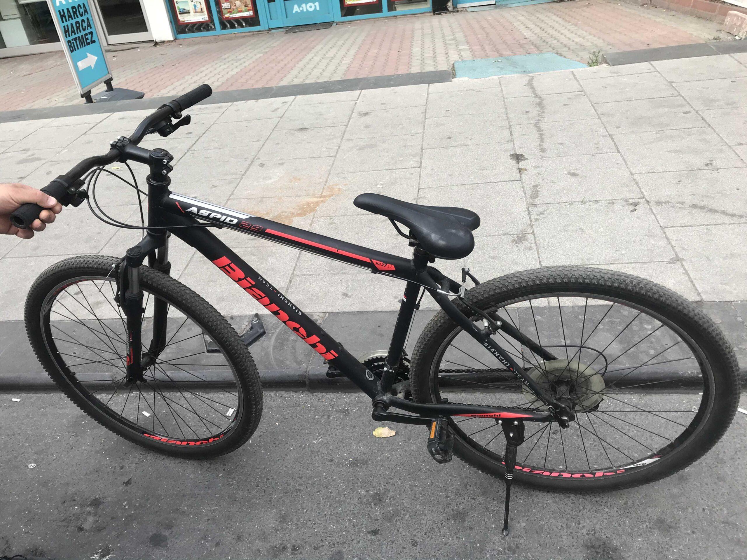 Bianchi bisiklet 29 Jant 21 vites tertemiz bisiklet